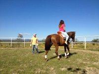 A caballo en la pista de Calera