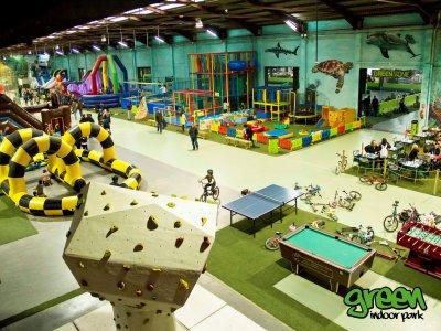Green Indoor Park