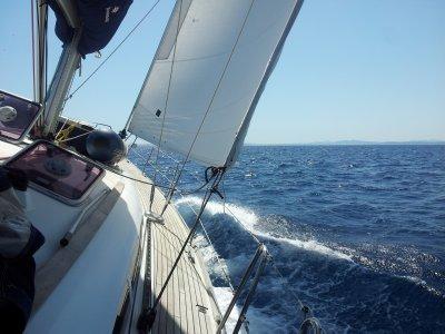 Salida en velero desde Port de Badalona 3 horas