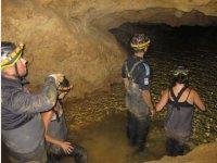 Godendo delle grotte