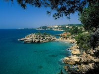Discover Aliga by boat