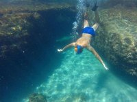 Immerse yourself at the bottom of the sea