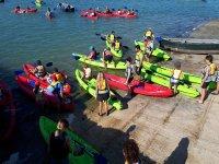Kayaks en la base nautica de Chiclana