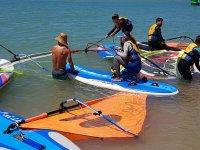 Clase de surf en la Costa de la Luz