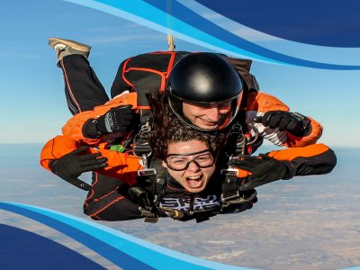 Tandem Skydiving from 4000 Meters Madrid