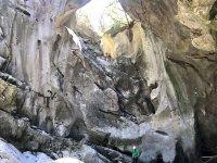 尝试在兰斯托萨峡谷漂流