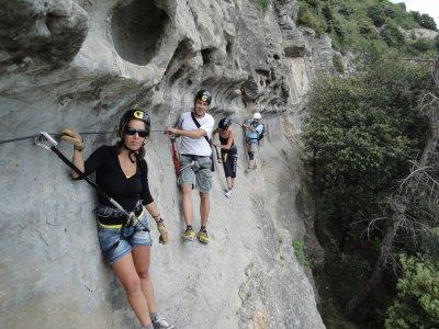 Ascensiones Guiadas Vía Ferrata