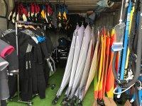 我们的风帆冲浪设备