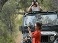 Photographing the surroundings from the 4x4