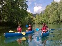 Ruta en canoa en rio de Cantabria