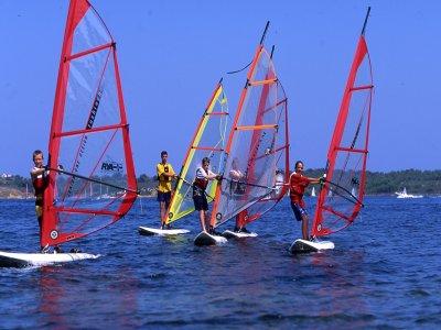 Menorca Estaciones Náuticas Windsurf