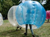 Blue bubble player in Avila