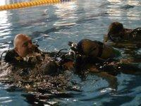primeras inmersiones en la piscina