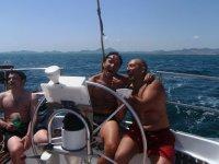 Excursiones en barco con amigos