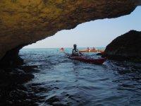 Las cuevas en kayak