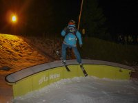 Esqui freestyle de noche