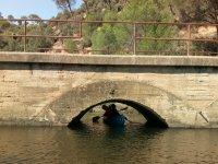 Atravesando el puente