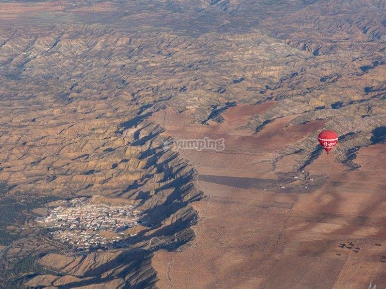 Panoramica del globo y Guadix