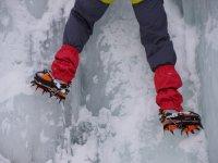 Botas especiales para la escalada de hielo