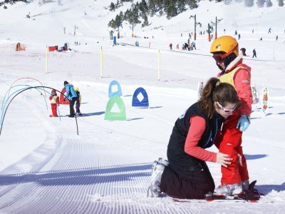 Grupo FGC Vallter 2000 Estaciones de Esquí