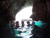 Snorkel dentro de cueva