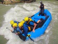 Sessione di rafting sul fiume Genil