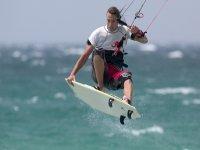 练习风筝冲浪
