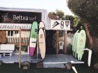 Surfera海滩