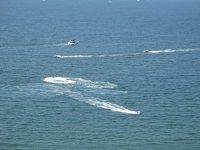Acelerando en el mar con los vehículos de agua