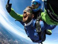 Maximum emotion in the parachute
