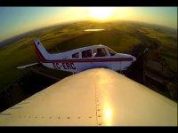Atardecer avión aeroclub