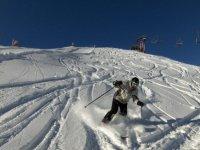 滑雪在Cerler