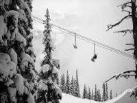 在最好的季节享受滑雪