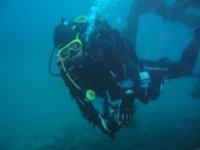 将学习潜水技术