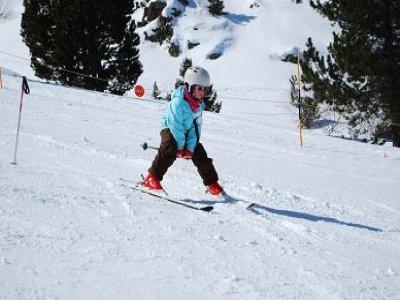 Escola D'Esquí i Snowboard Tavascan Esquí