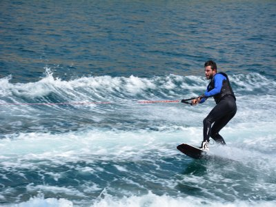 Tours a Vela Wakeboard
