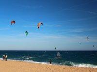 海岸的加的斯风筝冲浪风筝冲浪