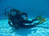 导游徒步潜水员课程池