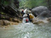 Bajando los saltos de agua