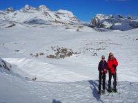 Con raquetas en el paisaje nevado