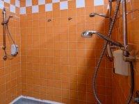 duchas en los banos