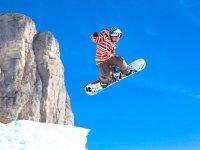 salto en la nieve