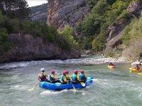 Comenzando el descenso de rafting