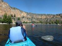 Fotografiando la canoa delantera