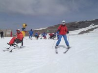 Equipo de esquiadores