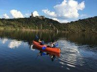 Navegando en canoa en el Duero