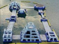 Circuito hinchable en el mar