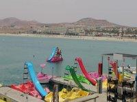 Hidropedales en el puerto deportivo del Castillo