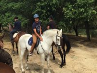 disfrutando con el caballo