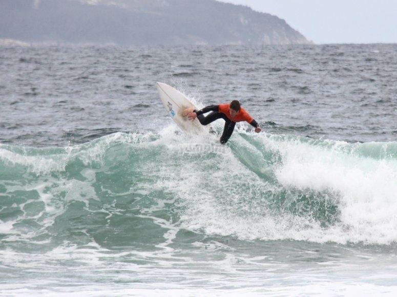 Surf in Pontevendra